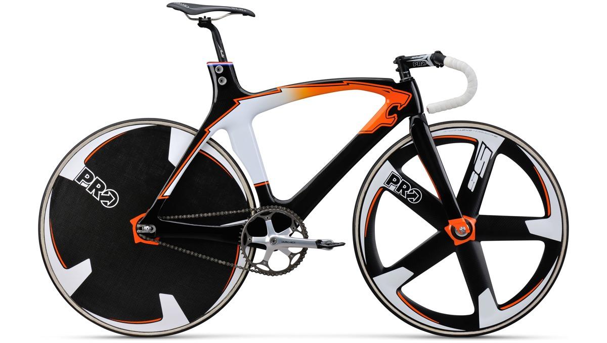 спортивный велосипед с «литыми дисками»