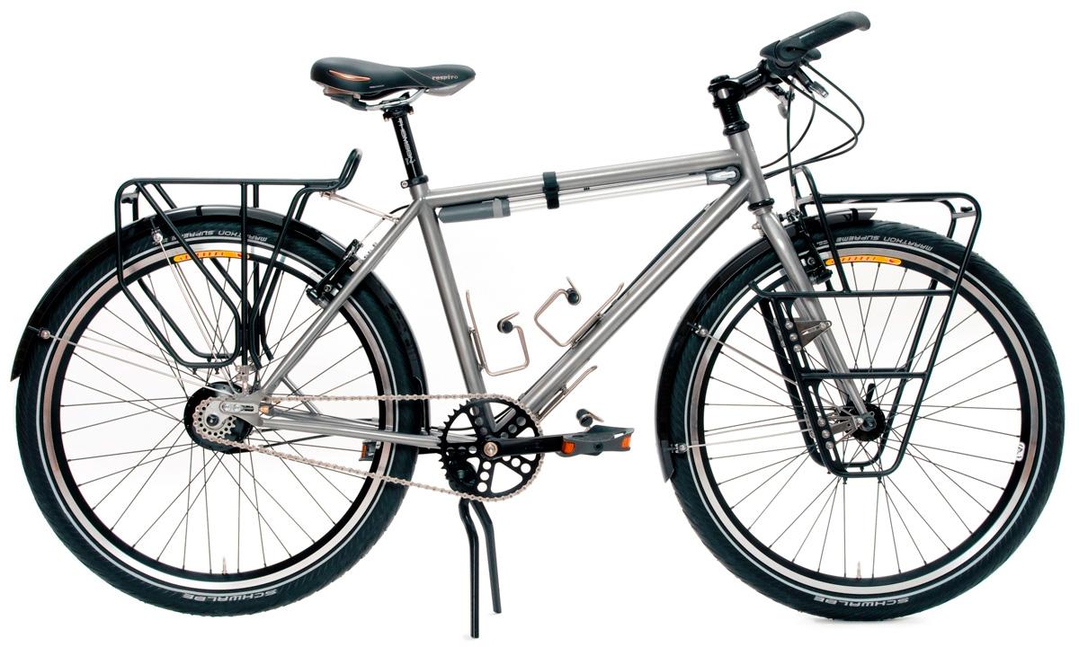 типичный туристический велосипед