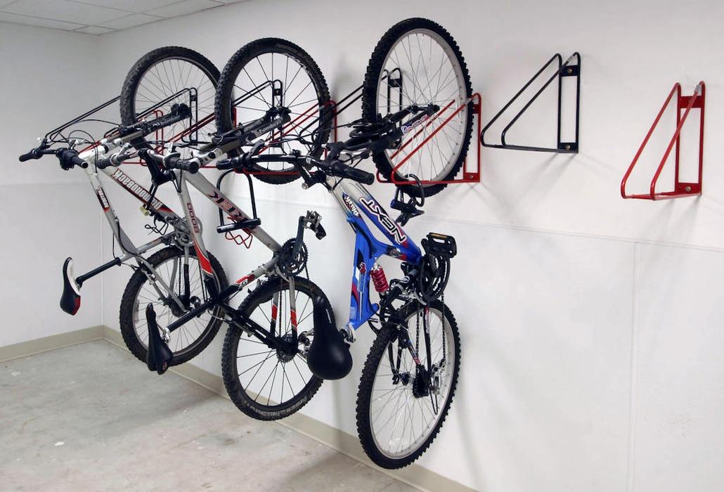 специализированное помещение для хранение велосипеда зимой